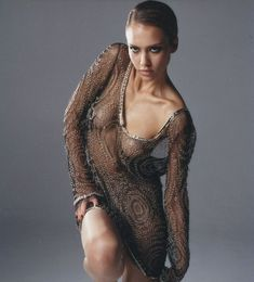 Джессика Альба без лифчика в фотосессии Марка Лидделла фото #4