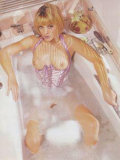 Сексуальная Энджел Борис обнажилась для журнала Playboys Lingerie фото #1