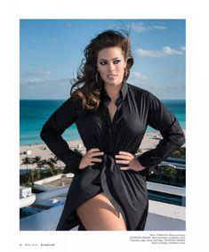 Пышногрудая Эшли Грэм в эротической фотосессии для журнала Maxim фото #8