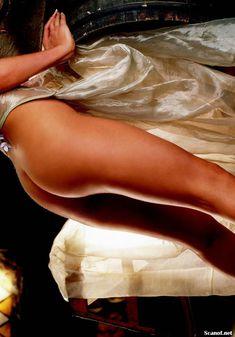 Игривая Бранд Родерик красиво обнажилась в журнале Playboy фото #9
