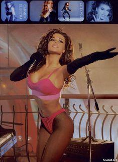Молодое голое тело Кармен Электры в журнале Playboy фото #1