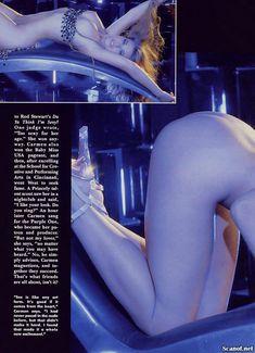 Молодое голое тело Кармен Электры в журнале Playboy фото #5