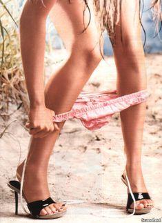 Кристина Агилера обнажилась  в журнале Maxim фото #7