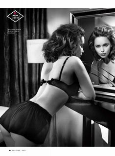 Эротичная Эмилия Кларк  в журнале Esquire фото #6