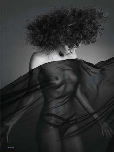 Красивая Габриэлла Пессион снялась голой в журнале Playboy фото #8