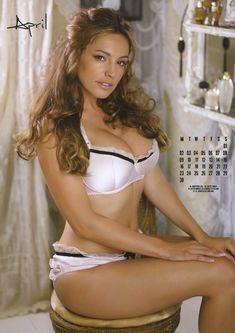 Келли Брук в нижнем белье для календаря фото #5