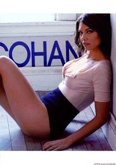 Голая грудь Лорен Кохэн засветилась в журнале XTRA фото #2