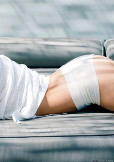 Голая грудь Лорен Кохэн засветилась в журнале XTRA фото #10