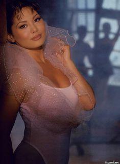 Обнажённая Лиза Мари Скотт засветила киску в журнале Playboy фото #1
