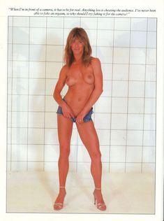 Голая грудь Мэрилин Чэмберс в австралийском журнале Playboy фото #6