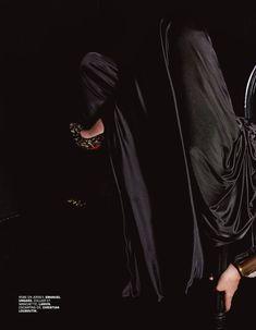 Соблазнительная Моника Беллуччи  в журнале Lui фото #3