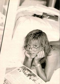 Игривая Саманта Фокс разделась в журнале Playboys Nude Celebrities фото #5