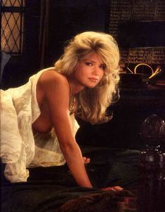 Красивая Виктория Здрок оголилась в журнале Playboy фото #4