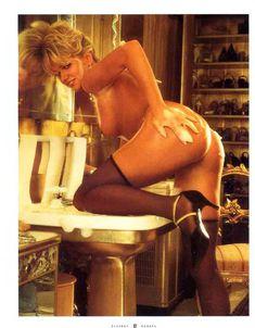 Красивая Виктория Здрок оголилась в журнале Playboy фото #7