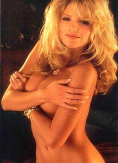 Красивая Виктория Здрок оголилась в журнале Playboy фото #8