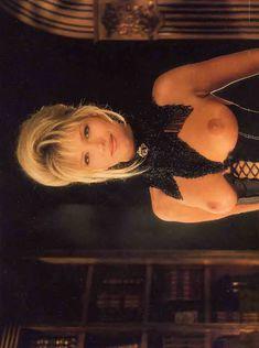 Красивая Виктория Здрок оголилась в журнале Playboy фото #9