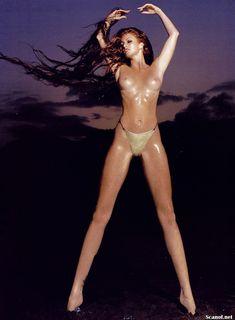 Обнаженная Энджи Эверхарт  в журнале Playboy фото #4