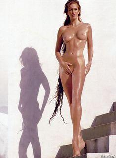 Обнаженная Энджи Эверхарт  в журнале Playboy фото #5