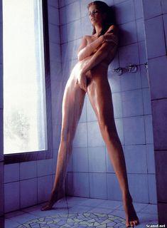 Обнаженная Энджи Эверхарт  в журнале Playboy фото #9