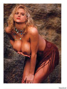 Абсолютно голая Анна Николь Смит  в журнале Playboy Hors-Serie N фото #12