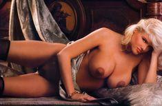 Абсолютно голая Анна Николь Смит  в журнале Playboy Hors-Serie N фото #20