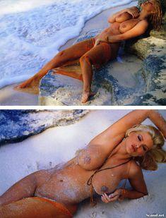 Абсолютно голая Анна Николь Смит  в журнале Playboy Hors-Serie N фото #54