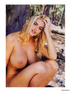 Абсолютно голая Анна Николь Смит  в журнале Playboy Hors-Serie N фото #73