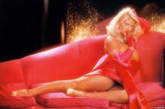 Абсолютно голая Анна Николь Смит  в журнале Playboy Hors-Serie N фото #77