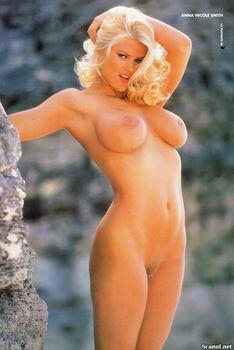 Абсолютно голая Анна Николь Смит  в журнале Playboy Hors-Serie N фото #78