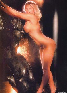 Абсолютно голая Анна Николь Смит  в журнале Playboy Hors-Serie N фото #83