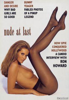 Сексуальная Эль Макферсон показала голую грудь в журнале Playboy фото #2