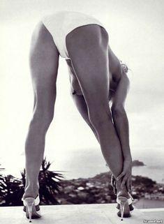 Соблазнительная Фарра Фосетт снялась обнажённой в журнале Playboy фото #3