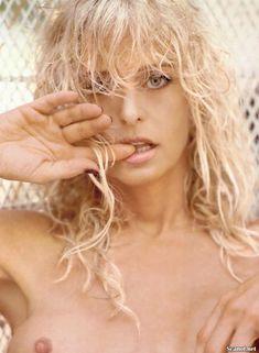 Соблазнительная Фарра Фосетт снялась обнажённой в журнале Playboy фото #4