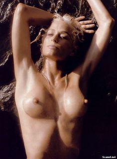 Соблазнительная Фарра Фосетт снялась обнажённой в журнале Playboy фото #9