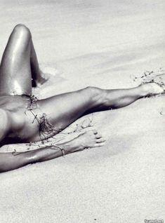 Соблазнительная Фарра Фосетт снялась обнажённой в журнале Playboy фото #11