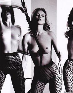 Голая грудь Кейт Мосс в журнале Playboy фото #8