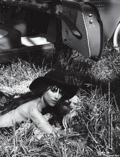 Шикарная Луиза Мораес снялась голой в журнале Revista Status фото #3