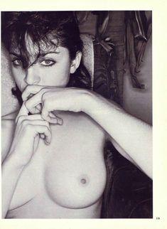 Оюнаженная Мадонна  в журнале Playboy фото #3