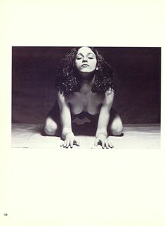 Оюнаженная Мадонна  в журнале Playboy фото #12