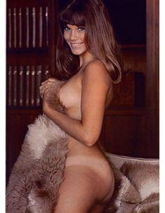 Сочная голая грудь Барби Бентон на фото в журнале Playboy фото #9