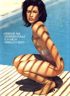 Красотка Карли Поуп демонстрирует сексуальную фигуру в журнале Die Girls Von FHM Summer фото #5