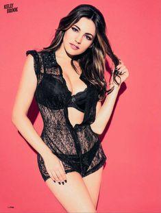 Привлекательная Келли Брук в журнале FHM фото #8
