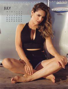 Эротичная Келли Брук для календаря фото #7