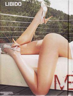 Пышная голая грудь Луиз Клифф в журнале Maxim фото #1