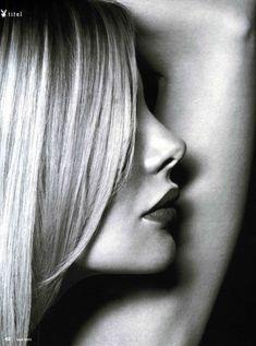 Пышногрудая Ксения Зееберг обнажилась в журнале Playboy фото #8
