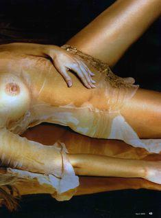 Пышногрудая Ксения Зееберг обнажилась в журнале Playboy фото #11