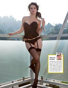 Секси Эли Кобрин  в журнале Maxim фото #4