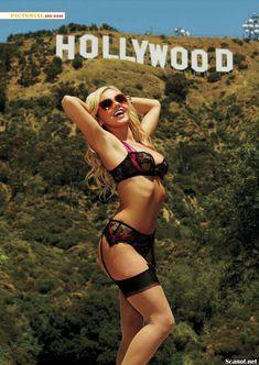 Бри Олсон разделась  в журнале Playboy фото #3