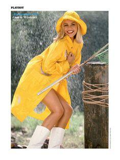Полуголая Кэрри Уэсткотт в журнале Playboy Wet and Wild фото #1