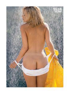 Полуголая Кэрри Уэсткотт в журнале Playboy Wet and Wild фото #4